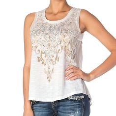 Miss Me Women's Rhinestone Damask Print Tank Top M 100% Polyester Scoop neck Semi-sheer heathered front Damask print with rhinestone accents Heathered petal overlap back yoke Hand wash cold, hang to dry This shirt produces an effortless feminine look with a semi-sheer heathered front featuring a damask print with gorgeous rhinestone accents along the neckline. Inspired by the thought of rural romance, this top adds a dramatic and fashionable affect with an airy sheer accordion pleated back…