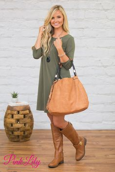 This gorgeous faux leather bag is perfect for all of your fall adventures - you won't think twice before wearing it to so many occasions!