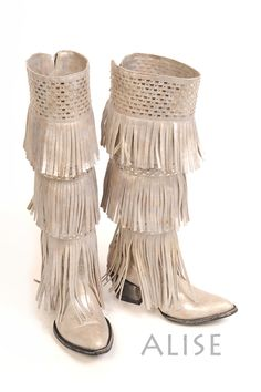 In LOVE with the color!!!  Old Gringo Alise Boots