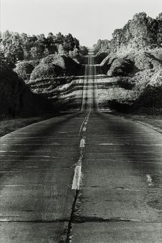 Danny Lyon, Highway 49 from Jackson to Yazoo City, 1964