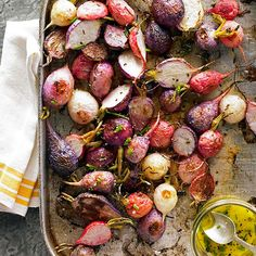 Use fresh ingredients to make these Roasted Radishes with Chive Vinaigrette! More farmer's market recipes: http://www.bhg.com/recipes/healthy/healthy-farmers-market-recipes/?socsrc=bhgpin073113radishes
