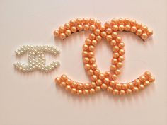 DIY:Chanel inspired pearl logo