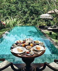 GOOISCH ⍟ travel ⍟ reizen ⍟ ontbijt ⍟ zwembad ⍟ tropisch