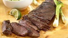 Descubre cómo agregarle a tu corte de carne favorita el delicioso toque secreto de Knorr. Prepara esta receta de Carne Asada Knorr y sorprende a tu familia. Recetas de carne asada + deliciosa carne asada