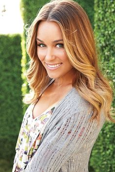 Lauren Conrad's hair is always so cute! Im pretty sure she's been rocking the ombré look for a really long time before it got so popular. Makes me want to try it.... :)