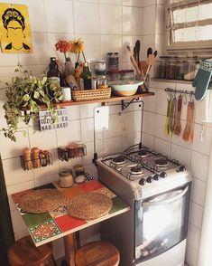 art deco home Small Apartments, Small Spaces, Küchen Design, House Design, Dream Apartment, Aesthetic Room Decor, Decoration Design, House Rooms, Cozy House