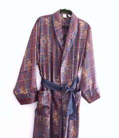 Elegant Vintage Silk Men Robe Dressing Gown  London by KheGreen Men s Robes f372565b1