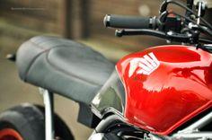 RocketGarage Cafe Racer: Honda CBX Fcr original