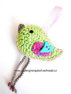 Ravelry: Spring birdie pattern pattern by Vendula Maderska.  $3.60 for pattern 6/14.