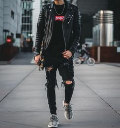4 Trusting Tips AND Tricks: Urban Fashion Photoshoot Life urban wear women christmas gifts.Urban Fashion For Men Denim Jackets urban fashion boho. Mode Streetwear, Streetwear Fashion, Urban Fashion, Mens Fashion, Style Fashion, Fashion Black, Runway Fashion, Fashion Shoes, Fashion Ideas