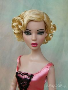 "#pinned submitted by Veronka Faltova ""Emma: Deja Vu Emma in wig of Far East Stella"" - just striking. ^kv #dollchat new to doll duels."