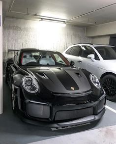 USA Cars Today inspired by Muscle Luxury Sport Exotic Cars Daily United States Cars official account Porsche 911 Gt2 Rs, Porsche Cars, Porsche Design, Automotive Design, Amazing Cars, Sport Cars, Exotic Cars, Cars Motorcycles, Luxury Cars