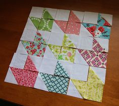 Chevron Doll Quilt Tutorial {Contributor} this would be nice as a full size quilt. It could be used to highlight your favorite fabrics or work as a different kind of I spy quilt Mini Quilts, Small Quilts, Quilting Tutorials, Quilting Projects, Quilting Designs, Triangle Quilt Tutorials, I Spy Quilt, Patchwork Quilting, Scrappy Quilts