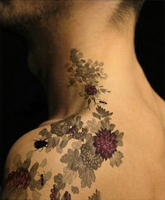 Subtle gray floral on neck.