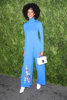 Ebonee Davis in Pyer Moss - Cfda Vogue Fashion - 16 Together Fashion, Formal Pants, African Fashion, African Style, Vogue Fashion, Red Carpet Looks, Dress Up, Dresses For Work, Hair Styles