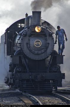 RailPictures.Net Photo: 475 Strasburg Railroad Steam 2-8-0 at Lancaster, Pennsylvania by Steve Raith