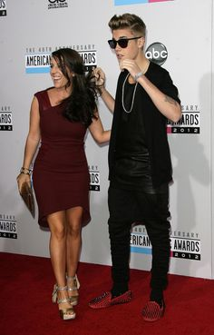 Justin Bieber Mother Pushing for Selena Gomez Reunion