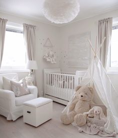 We can't get enough of all white nurseries @ma_house