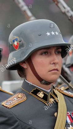 Chile army woman ejercito Female Marines, Female Soldier, Military Girl, Military Police, Beautiful Girl Image, Beautiful Women, Uniform Insignia, Military Dresses, Military Women