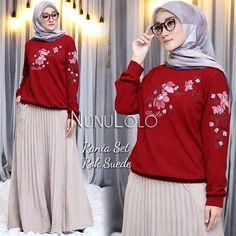 Rania Set by NunuLolo Turtle Neck, Sweaters, Fashion, Moda, Fashion Styles, Fasion, Sweater, Sweatshirts