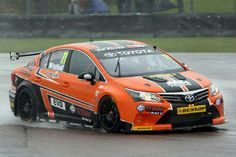 Touring Cars - BTCC - Thruxton - 29/4/12 Frank Wrathall on his way to 3rd place in his Dynojet Toyota Avensis