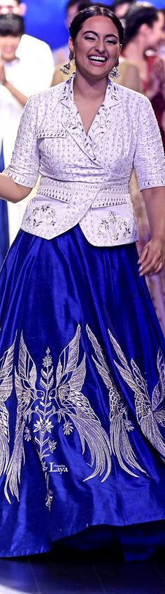 Anita Dongre LFW SS16 India Fashion, Women's Fashion, Indie, Anita Dongre, Blouse Models, Ss16, Bollywood Fashion, Indian Wear, Blouse Designs