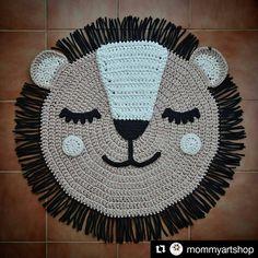Alfombra de trapillo León. Crochet