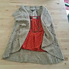 Knit  Sweater Vest Super soft and nicely detailed. Great for layering. Womens medium. Apt. 9 Sweaters Cardigans