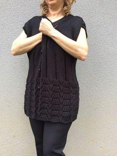 Cardigan Pattern, Sweater Cardigan, Knitting Designs, Knitting Patterns, Moda Emo, Knitting For Beginners, Mantel, Sweaters For Women, Crochet Hats