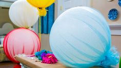 @tmemme28 takes party balloons to a whole new level w/ her Glitter Tulle Balloons! Catch more great DIYs on #homeandfamily weekdays at 10/9c on Hallmark Channel!
