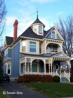 blue victorian. I always wanted a house like this.