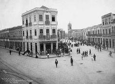 Esquina da Rua do Acre com Av. Marechal Floriano em 1906. Foto de Augusto Malta.