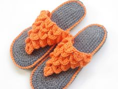 crochet slippers for women | The pattern is written for 4 sizes, US sizes 5-6, 7-8, 9-10 and 11 ...