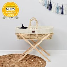 Beautiful Organic knitted liner Includes luxury Natural mattress (worth Quality palm leaf basket Machine washable cover Requires a Moses basket stand (sold separately) Moses Basket Stand, Bedside Crib, Baby Kind, Natural Baby, Baby Sleep, Sheep, New Baby Products, Nursery, Dove Grey