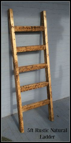 5 ft Blanket Ladder by ClintonRustics on Etsy Quilt Ladder, Diy Blanket Ladder, Diy House Projects, Diy Wood Projects, Easy Small Wood Projects, Ladder Decor, Ladder Shelves, Shelving, Family Room Decorating
