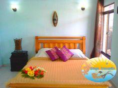 Casa Villa cuenta con tres habitaciones dobles con baño privado, desayuno con vista a la piscina, living, comedor y cocina en Playa Tranquilo Hotel Boutique