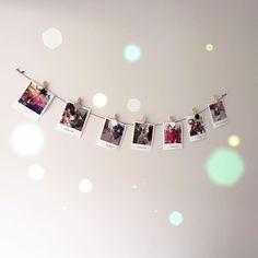 Hoe je een kale muur toch kunt opvrolijken #HEMA #polaroid #fotoslinger