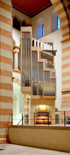 St. Michaelis Hildesheim - Woelh orgelbau Organ Music, Michael Church, Pipe Dream, Sweet Sweet, Musical Instruments, Keys, Modern Design, Heaven, Pianos