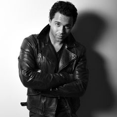 Corbin Bleu, Hommes Sexy, All Black Everything, Hot Guys, How To Look Better, Handsome, Winter Jackets, Men, Beautiful