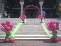 Μπαλόνια  για  βάπτιση  με  θέμα  μαργαρίτες.  http://vaftisia.wordpress.com/