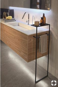 Great Free of Charge Bathroom Storage design Tips Immediately after intelligent bathroom storage thoughts? Bathroom storage is actually required for k Diy Bathroom Decor, Bathroom Colors, Bathroom Interior Design, Bathroom Furniture, Bathroom Storage, Modern Bathroom, Master Bathroom, Interior Modern, Bathroom Lighting