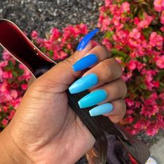 Minimal Blue Nail Art Design for Winter 2019 Blue Acrylic Nails, Coffin Nails Matte, Summer Acrylic Nails, Summer Nails, Fall Nails, Winter Nails, Long Nails, My Nails, Colorful Nail Designs