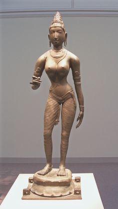 Queen Sembiyan Mahadevi as the Goddess Parvati Chola dynasty, century India Freer Gallery of Art, Washington DC Bronze Sculpture, Sculpture Art, Chola Dynasty, Freer Gallery, Hindu Art, Divine Feminine, Varanasi, Durga, Gods And Goddesses