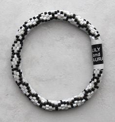 Black and White Chain Link