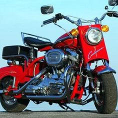 Cushman Eagle. One of the last ones, with the V-Twin. Cool looking but proved to be an unreliable motor for them. Few were made.