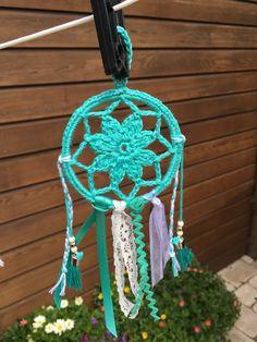 Dromenvangers… inclusief patroon! – Van je veel… Crafts For Kids, Arts And Crafts, Crochet Wall Hangings, Sun Catcher, Doilies, Needlework, Beaded Jewelry, Crochet Patterns, About Me Blog