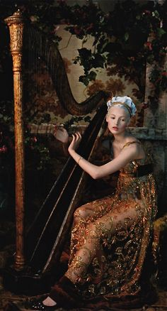 Mona Johanneson by Juan Gatti / Vogue España///Making music to my Lord...beautiful I imagine...fit for a King.