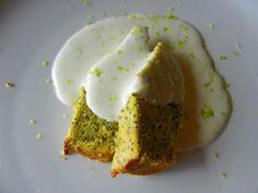 bolo de limão com sementes de papoila e queijo creme de lima