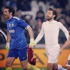 Gigi Buffon and Andrea Pirlo Juventus Andrea Pirlo, Football Soccer, Beautiful Babies, Chef Jackets, Sporty, Style, Fashion, Hs Football, Stylus