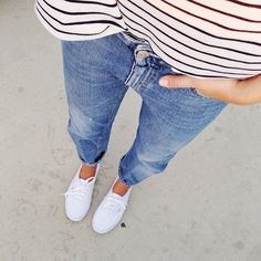 Loose fitting striped tee + skinny jeans + sneaks = hey, it's me in the fall/spring.